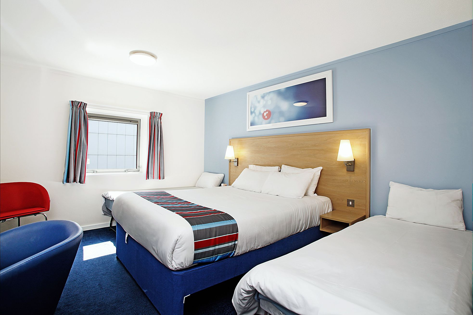 16. Travelodge Docklands  low